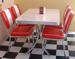 American Diner Set - 4 x CO24 Chairs & 1 x TO36 Table