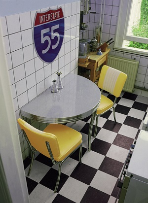 WO12 Retro Diner Table shown with CO24 Chairs